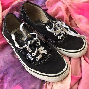 Vans black low top sneakers